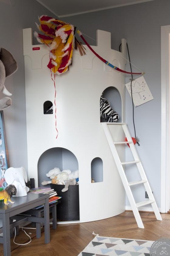 cabanes extraordinaires leo le pirate. Black Bedroom Furniture Sets. Home Design Ideas