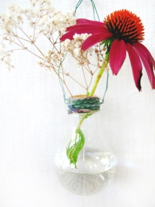 diy-lightbulb-vase-2