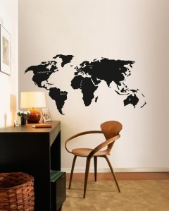 globe trotteur leo le pirate. Black Bedroom Furniture Sets. Home Design Ideas