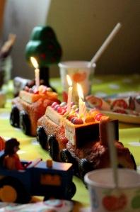 Kids-Sophie-cuisine-Gateau-train-27